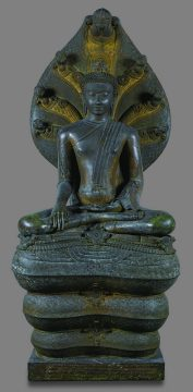 ナーガ上の仏陀坐像 スラートターニー県チャイヤー郡ワット・ウィアン伝来 シュリーヴィジャヤ様式 12世紀末~13世紀 バンコク国立博物館蔵