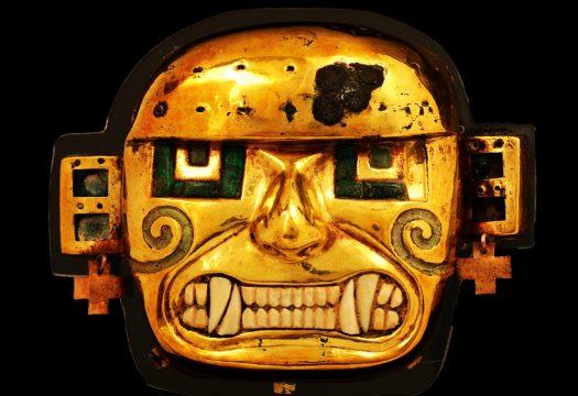 【1】《黄金製の神像》 モチェ文化(紀元200年頃から750/800年頃) ペルー文化省・国立博物館所蔵